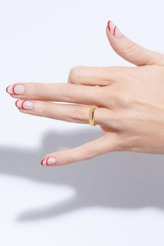 """<p>If you're more of a minimalist and prefer to stick to one shade instead of three, opt for this <a href=""""https://www.goodhousekeeping.com/beauty/nails/g2766/easy-nail-art-designs/"""" rel=""""nofollow noopener"""" target=""""_blank"""" data-ylk=""""slk:super simple"""" class=""""link rapid-noclick-resp"""">super simple</a>, chic double curve design.</p><p><a class=""""link rapid-noclick-resp"""" href=""""http://amazon.com/Winstonia-Berry-Super-Brushes-Liner/dp/B016YPP5KE/?tag=syn-yahoo-20&ascsubtag=%5Bartid%7C10055.g.1278%5Bsrc%7Cyahoo-us"""" rel=""""nofollow noopener"""" target=""""_blank"""" data-ylk=""""slk:SHOP FINE BRUSHES"""">SHOP FINE BRUSHES</a></p><p><em><a href=""""https://stylehaus.jp/amp_articles/1933/"""" rel=""""nofollow noopener"""" target=""""_blank"""" data-ylk=""""slk:See more on Style Haus »"""" class=""""link rapid-noclick-resp"""">See more on Style Haus »</a></em><br></p>"""