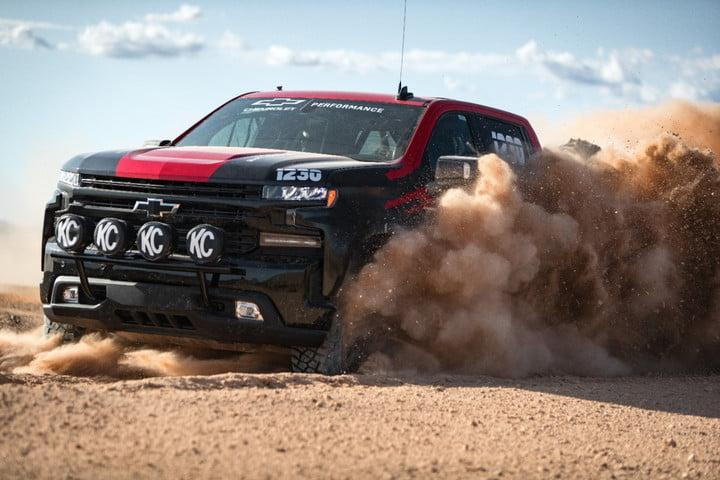 chevrolet colorado 2021 the silverado race truck debuted october 10th at laughlin de