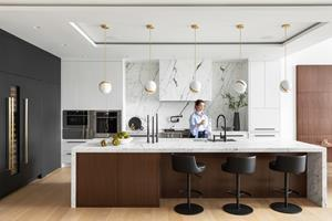 High-end kitchen designed by Madeleine Design Group lets homeowners cook in style and luxury