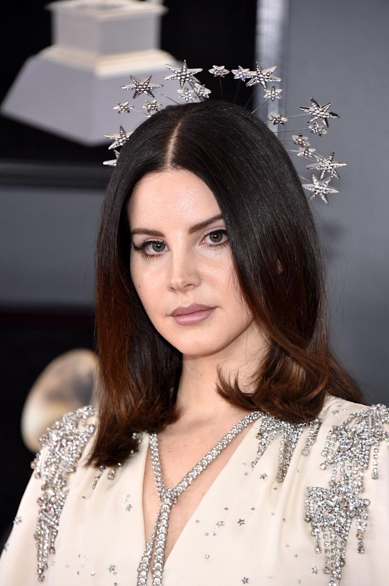 Lana Del Rey Literally Wore a Halo to the Grammys