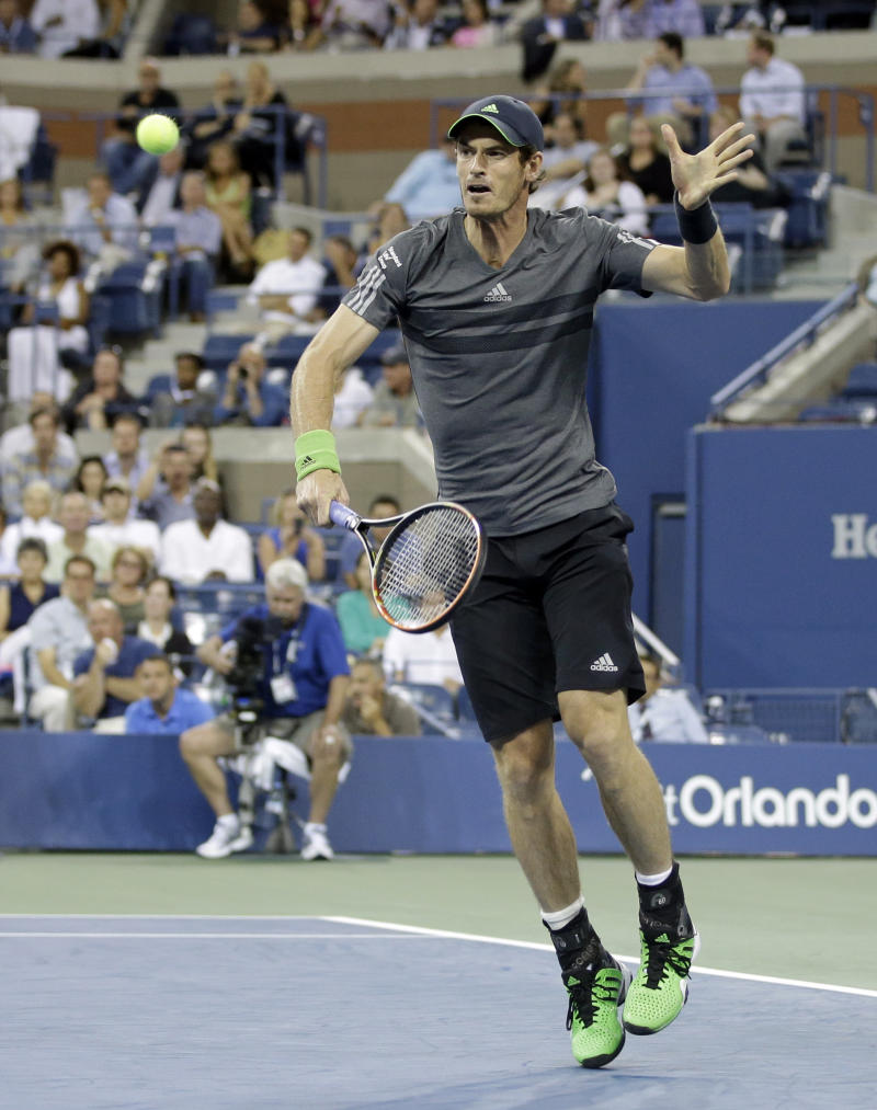 Andy Murray moves easily into US Open third round