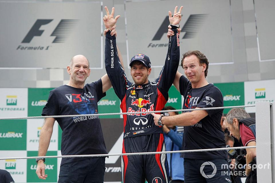 "Sebastian Vettel, Red Bull Racing, Christian Horner, Team Principal, Red Bull Racing, Adrian Newey, Red Bull Racing<span class=""copyright"">Motorsport.com</span>"