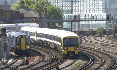 Network Rail aims to cut delays and add services in £47bn five-year plan