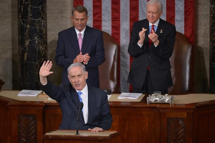 Israel's Prime Minister Benjamin Netanyahu waves following his address to a joint session of the US Congress on March 3, 2015 at the Capitol in Washington, DC (AFP Photo/Mandel Ngan)