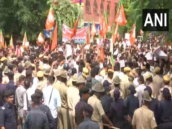 Visuals from protest site in Jaipur (Photo/ANI)