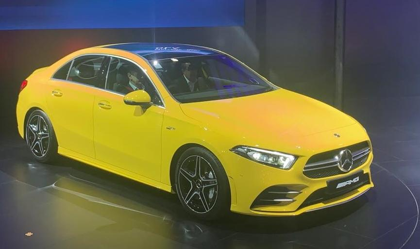 To clarify, this is not the new-generation CLA, but the A-Class: a different car and this time there is more space, too. It's longer and yet quite stylish.