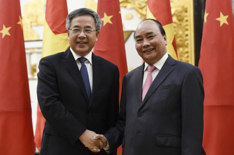 Asian leaders fault US, say open trade best growth option