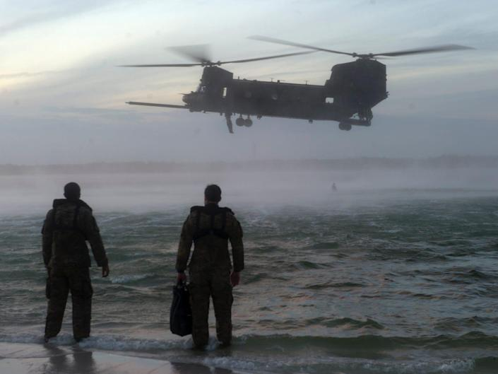 Army Special Forces Green Berets Chinook helicopter helocasting