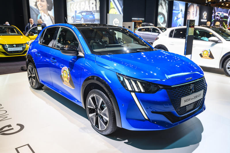 BRUSSELS, BELGIUM - JANUARY 09: Peugeot e-208 all electric compact hatchback car on display at Brussels Expo on JANUARY 09, 2020 in Brussels, Belgium. The Peugeot 208 is available with various petrol and diesel engines and as full electric e-208. (Photo by Sjoerd van der Wal/Getty Images)