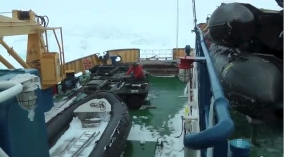 Holiday Blizzard Traps Antarctic Research Ship