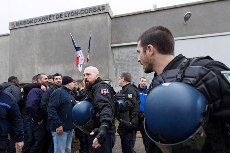 French Jail Guards Start Nationwide Strike in Showdown With Government