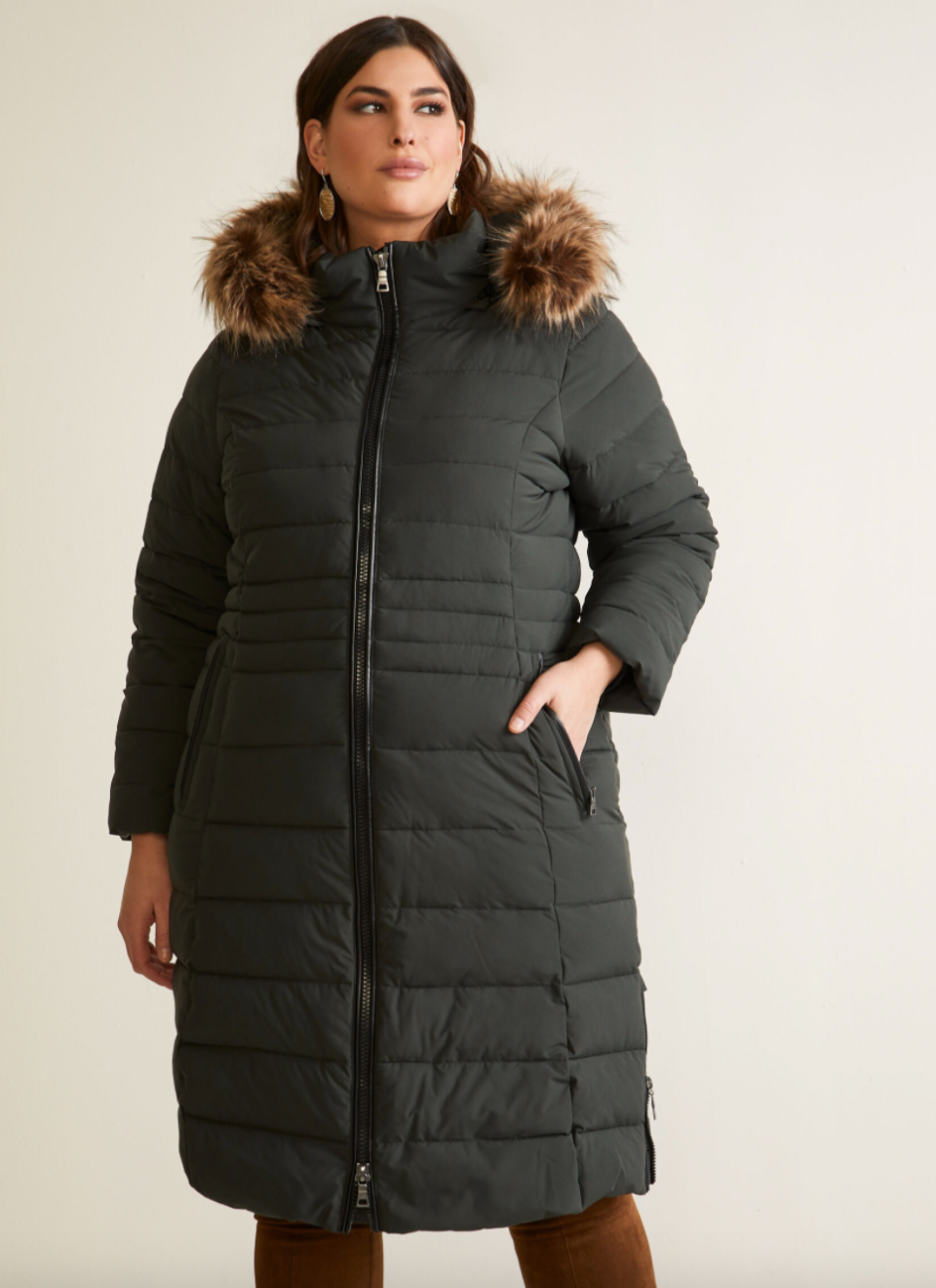 Nuage Stretch Vegan Down Quilted Coat in Green (Photo via Laura)