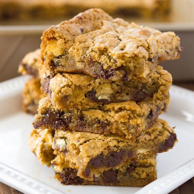 "<p>Nutty flour is not only a lower carb alternative, but it also makes brownies more dense and ooey gooey.</p><p><strong>Get the recipe at <a rel=""nofollow"" href=""http://blog.meaningfuleats.com/almond-flour-blondies-gluten-free-dairy-free-option/"">Meaningful Eats</a>. </strong></p>"