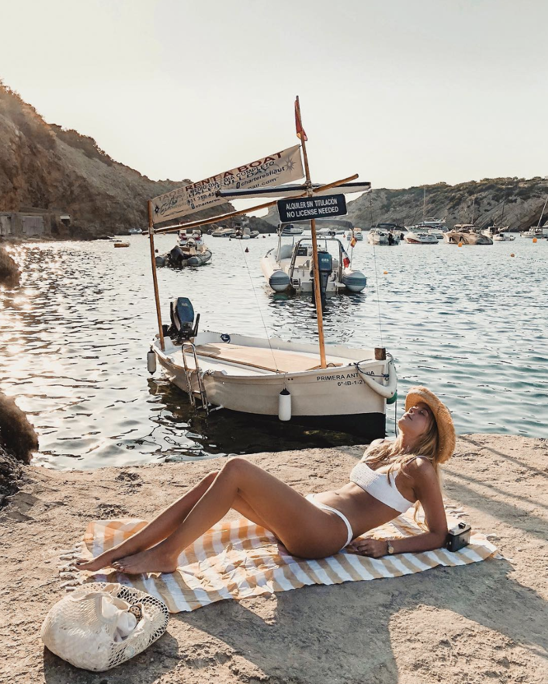 The Secret to a Great Beach Instagram