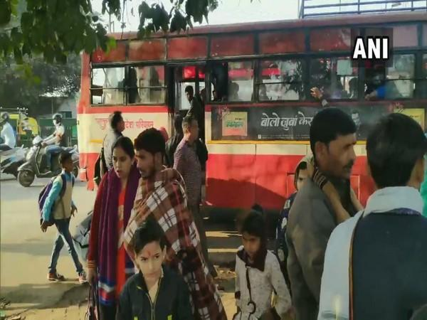 People without masks and social distancing at Moradabad bus station