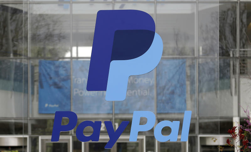 You can now use PayPal to send money through Facebook Messenger