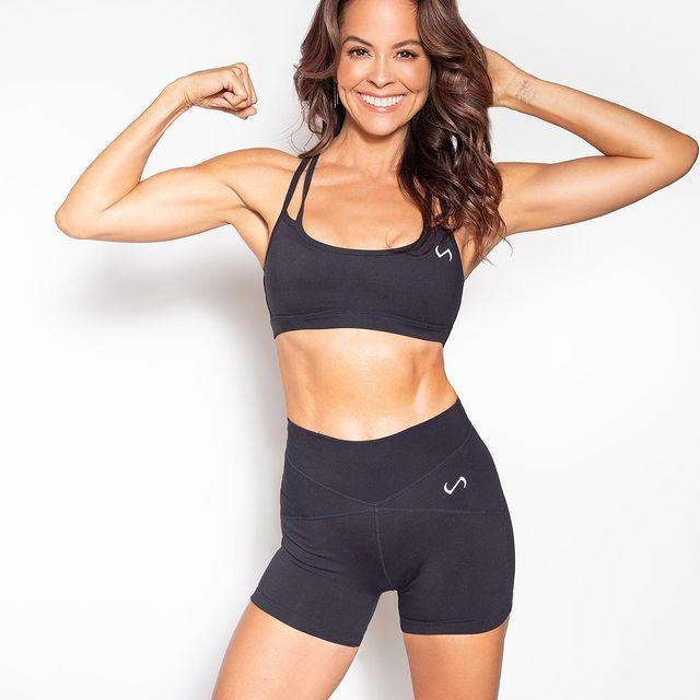 """<p>Brooke loves using light hand weights that help her build <a href=""""https://www.womenshealthmag.com/fitness/a33648839/what-is-muscular-endurance-we-asked-a-trainer/"""" rel=""""nofollow noopener"""" target=""""_blank"""" data-ylk=""""slk:muscular endurance"""" class=""""link rapid-noclick-resp"""">muscular endurance</a> in her upper body and engage the core, adding strength and balance to multiple areas of her bod at once. (Again, multi-tasking FTW!) </p><p><a href=""""https://www.instagram.com/p/CJo6A6dJaP2/?utm_source=ig_embed&utm_campaign=loading"""" rel=""""nofollow noopener"""" target=""""_blank"""" data-ylk=""""slk:See the original post on Instagram"""" class=""""link rapid-noclick-resp"""">See the original post on Instagram</a></p>"""