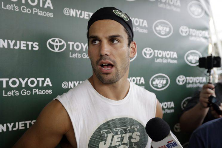 Eric Decker has signed with the Tennessee Titans. (AP)