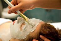 """<p>Think a facial or backrub would do a better job of re-centring you than half an hour of meditation? Pop into the <a rel=""""nofollow noopener"""" href=""""http://www.elemis.com/house-of-elemis-treatment-menu-speed-spa"""" target=""""_blank"""" data-ylk=""""slk:Speed Spa"""" class=""""link rapid-noclick-resp"""">Speed Spa</a><span> at <a rel=""""nofollow noopener"""" href=""""http://www.elemis.com/house-of-elemis-london/"""" target=""""_blank"""" data-ylk=""""slk:House of Elemis"""" class=""""link rapid-noclick-resp"""">House of Elemis</a>, Mayfair, for a 15-30 minute facial, massage, manicure or pedicure. You can even have your brows sorted out while you're at it. City slicker? <a rel=""""nofollow noopener"""" href=""""http://askinology.com/pages/facial-bar"""" target=""""_blank"""" data-ylk=""""slk:Askinology"""" class=""""link rapid-noclick-resp"""">Askinology</a> at Leadenhall Market offers a menu of 6 30-minute facials, each costing £45. For an extra tenner, you can treat your eyes, lips or neck to a 10-minute add-on treatment of your choice. [Photo credit: AGF 
