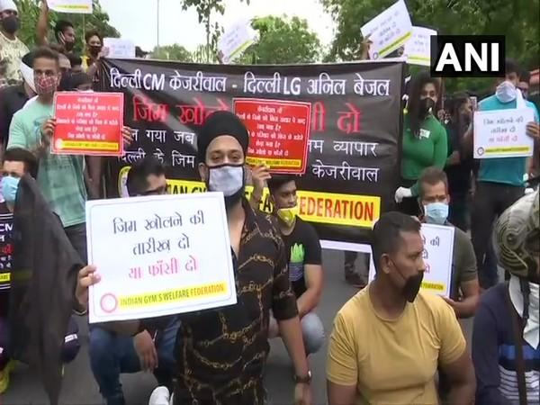 Indian Gym's Welfare Federation held a protest in Delhi against Kejriwal Government and Lieutenant Governor Anil Baijal for not allowing gyms to re-open (Photo/ANI)