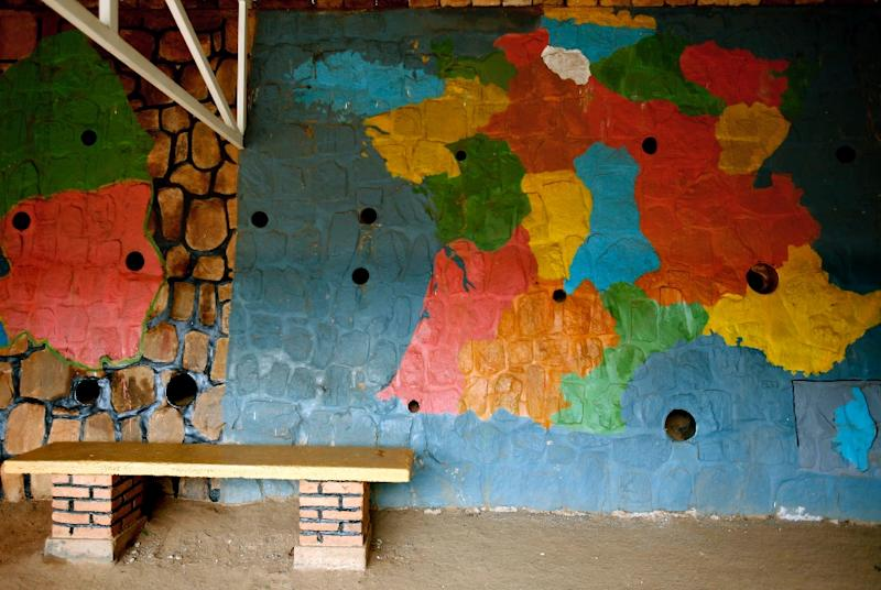 France and Rwanda once had close cultural ties, as this 2006 photo of a map in a Kigali school shows (AFP Photo/JOSE CENDON)
