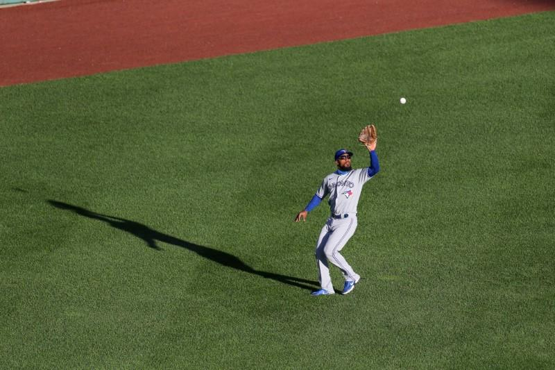 Blue Jays OF Hernandez to miss 'serious time' - report