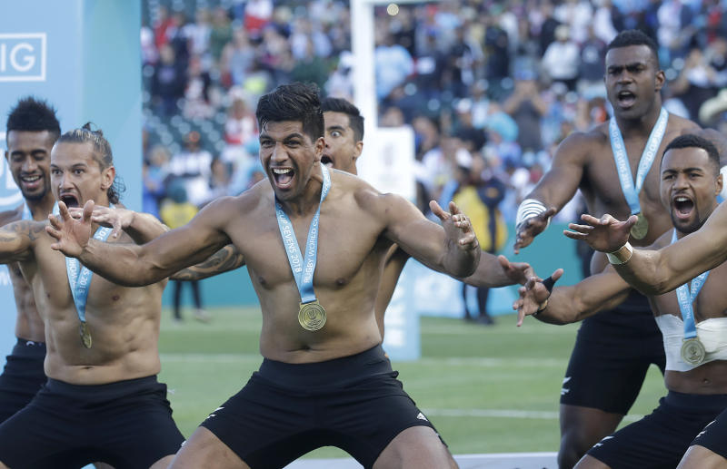 Fiji, New Zealand impress as Aussies crash out at Sevens World Cup
