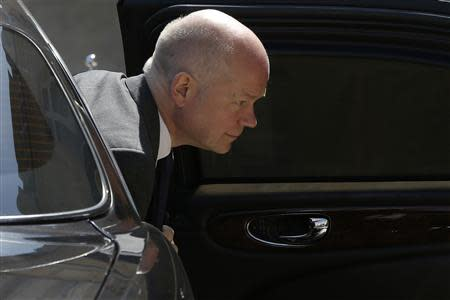 Britain's Foreign Secretary William Hague arrives to attend the African Security Summit at the Elysee Palace in Paris, May 17, 2014. REUTERS/Gonzalo Fuentes