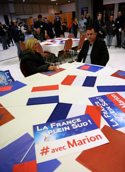 French far-right National Front supporters gather on December 13 2015, in Marseille (AFP Photo/Boris Horvat)