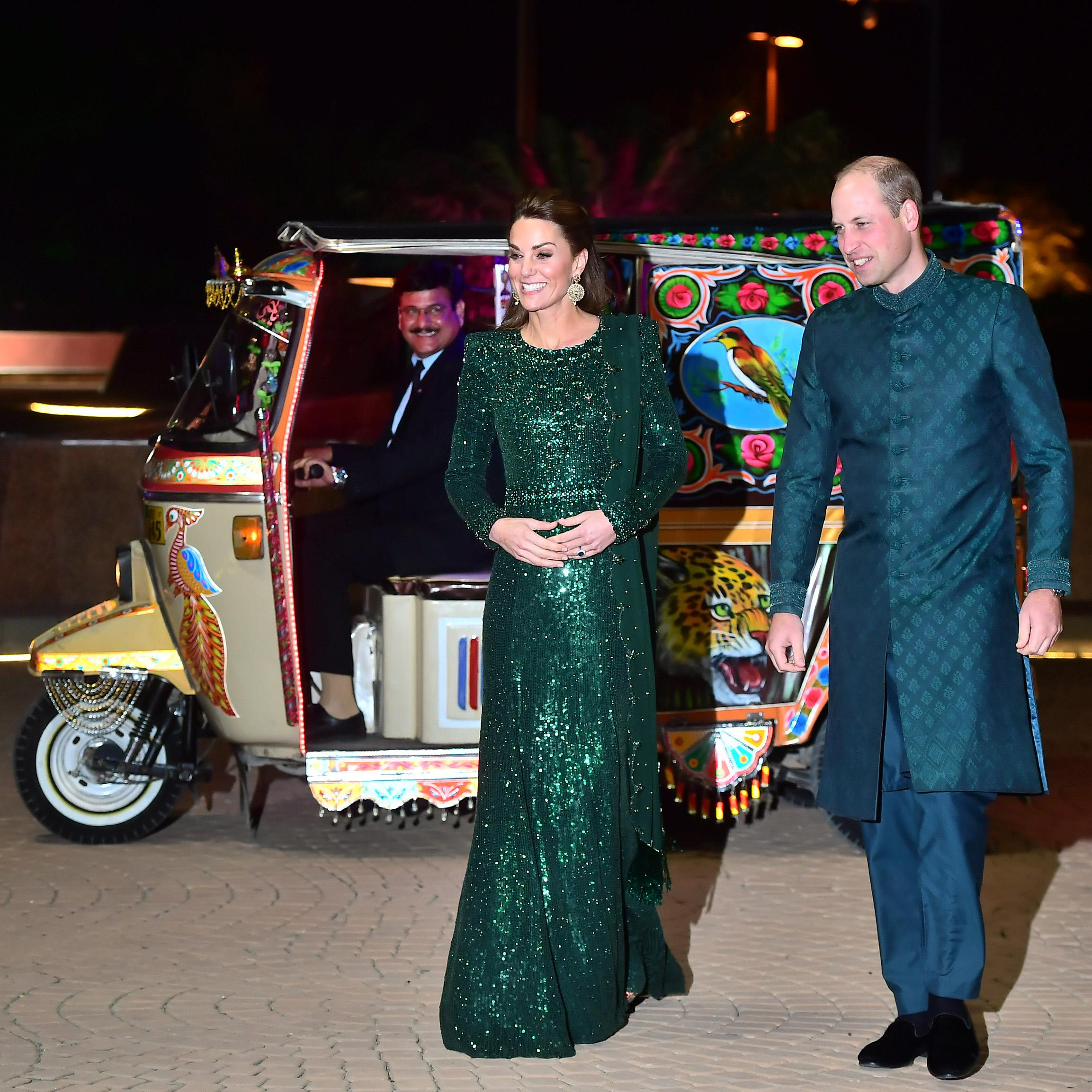 The Duke And Duchess Of Cambridge arrive in a rickshaw. [Photo: Getty]