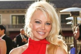 Pamela Anderson marries 'A Star is Born' producer Jon Peters