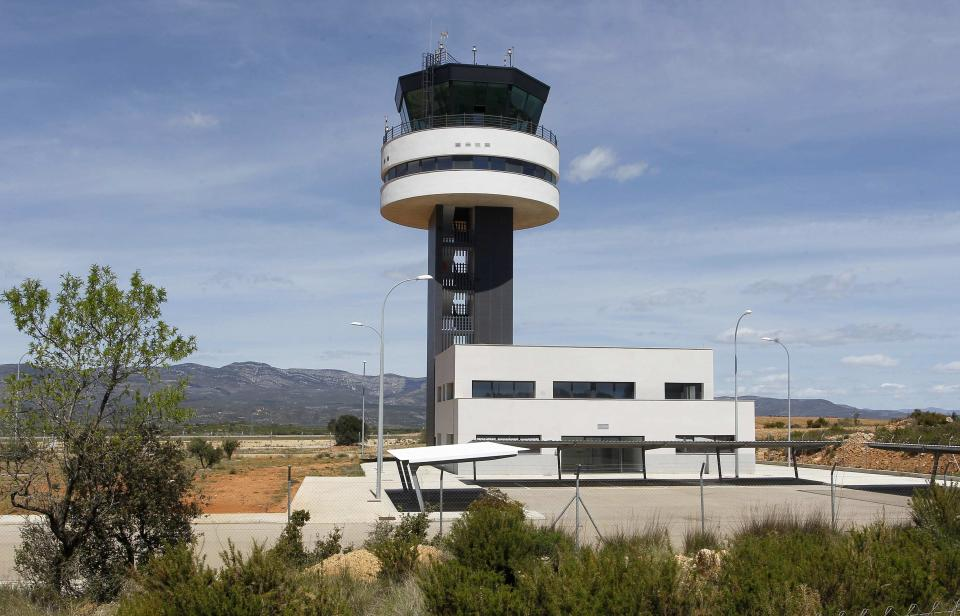 The control tower of the Costa Azahar airport is seen, one year after its official inauguration, near Castellon, in this April 24, 2012 file photo. The airport, whose cost escalated up to around 150 million euros, remains inactive due to construction failures, lack of permits and insufficient commercial interest from international airlines, according to local media. (REUTERS/Heino Kalis/Files)