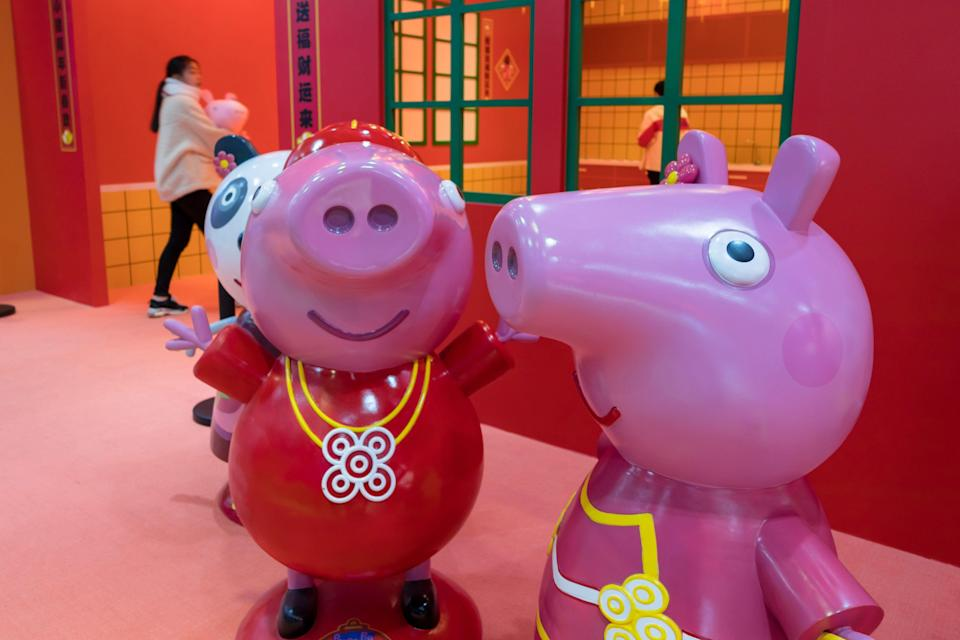 SHANGHAI, CHINA - JANUARY 22: Peppa Pig toys are on display inside the Peppa Pig-themed pop-up store to welcome the Chinese New Year, the Year of the Pig, on January 22, 2019 in Shanghai, China. Chinese New Year, the Year of the Pig, will fall on February 5 this year. (Photo by Wang Gang/VCG via Getty Images)