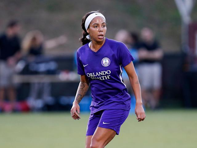 Sydney Leroux has little patience for random men on social media telling her how best to handle her second pregnancy. (Getty)