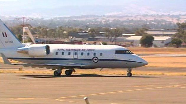 This is the RAAF Challenger Jet that flew empty to pick up Julie bishop and her partner on October 17. Photo: 7 News