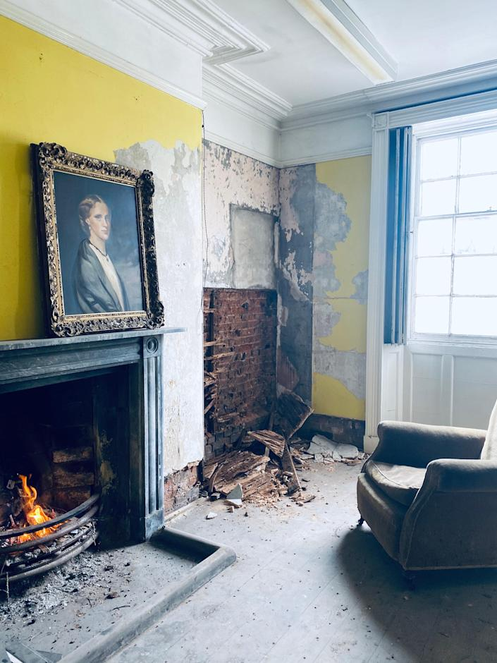 Original features such as the lovely marble fireplace and the detailing of the picture rails and coving are yet to be restored—and let this portrait rightly take its place.