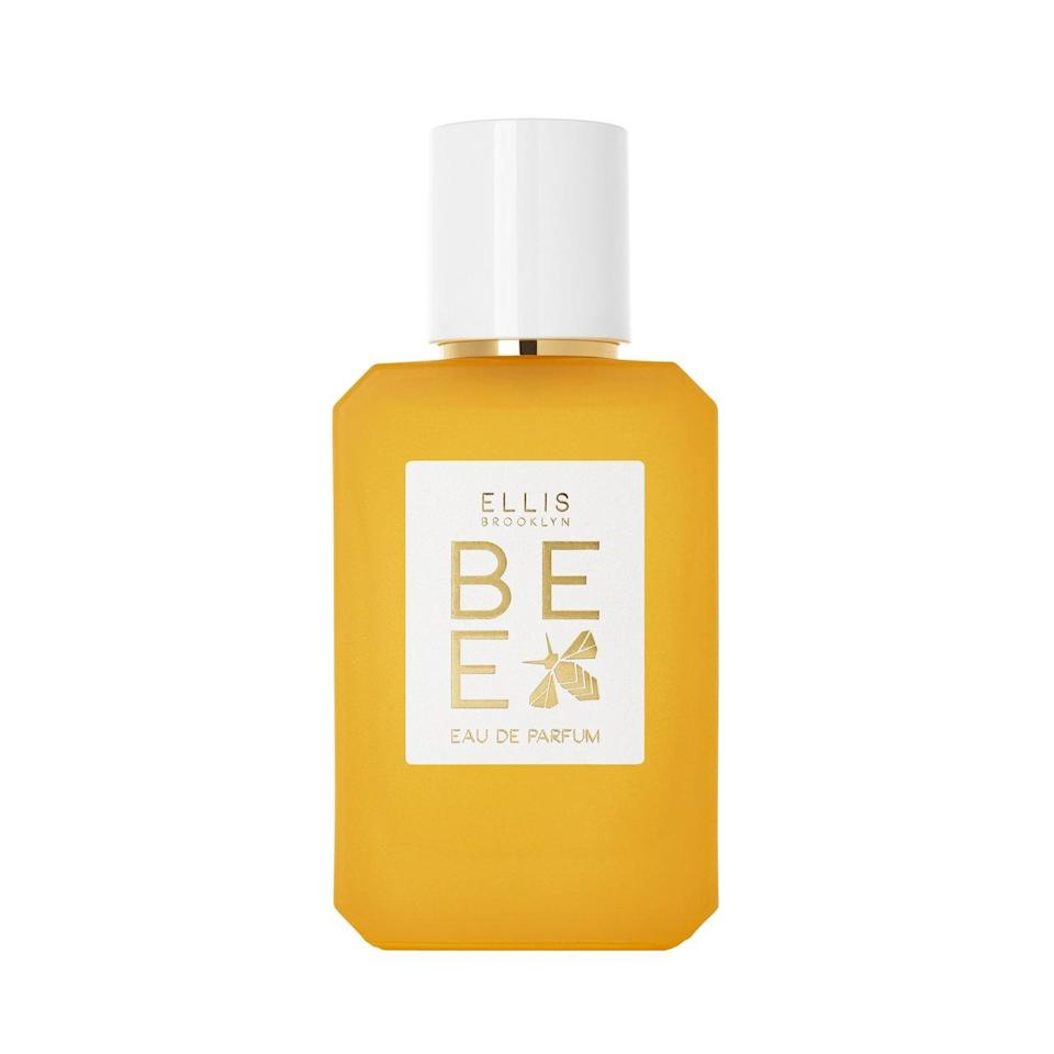 With a name like Bee, you'd understandably expect Ellis Brooklyn's new fragrance to include notes of honey — and it absolutely does. But the eau de parfum is just as much about the brand's founder, Bee Shapiro, and her personal journey self-love. It's a feeling she interprets as sweet layers of dark rum, vanilla bean, cocoa absolute, and a bit of sandalwood to keep it from feeling too heavy.