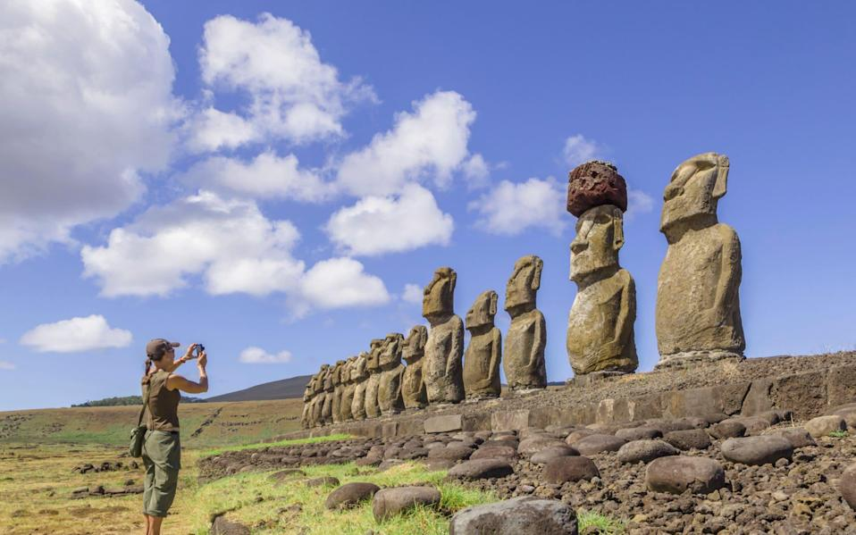 Easter Island Statues (Mo'ai) on Rapa Nui - David Madison