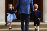 <p>Charlotte perfected a turn back to camera in April 2018 when she was off to meet her younger brother Louis at hospital. (Ben Stansall/AFP)</p>