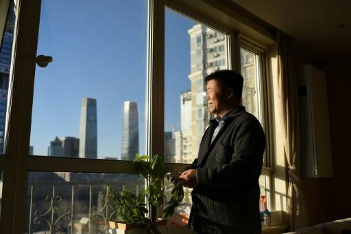 <p>Blue skies in China's capital spark joy, scepticism</p>