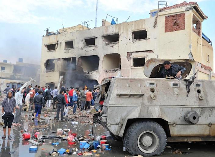 Egyptian security forces are often the target of terror attacks in Sinai, such as this police station in El-Arish after it was destroyed by a car bomb on April 12, 2015 (AFP Photo/)