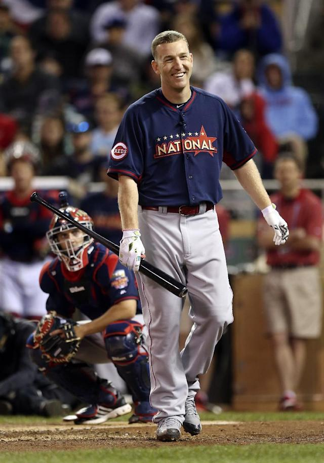 National League's Todd Frazier, of the Cincinnati Reds, reacts during the MLB All-Star baseball Home Run Derby, Monday, July 14, 2014, in Minneapolis. (AP Photo/Jim Mone)