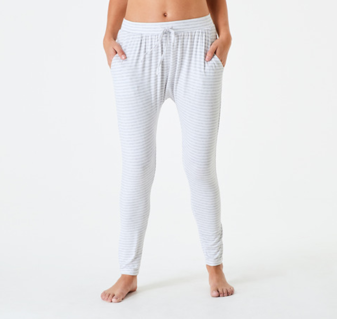 Kmart slouchy comfort pants in white