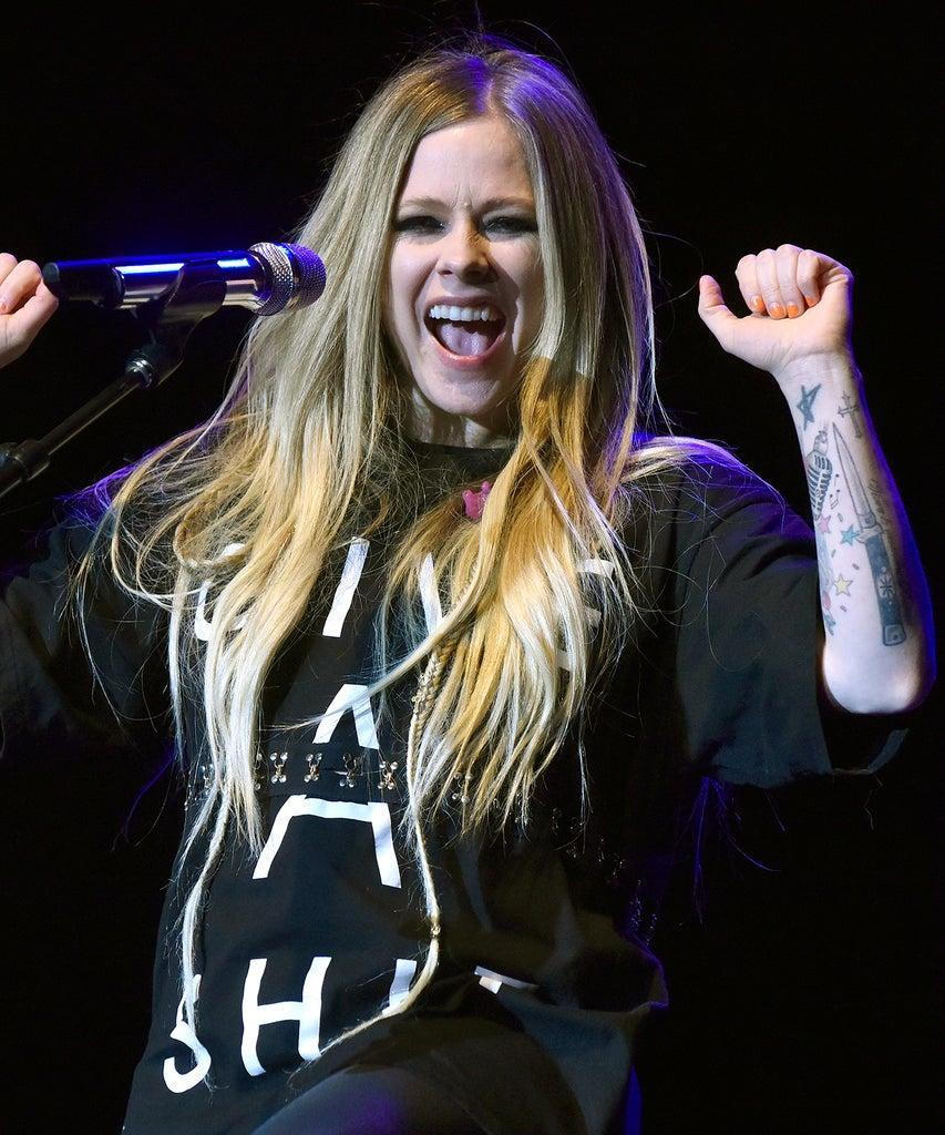 NAPA, CALIFORNIA – NOVEMBER 01: Avril Lavigne performs during 2019 Live in the Vineyard at the Uptown Theatre on November 01, 2019 in Napa, California. (Photo by Tim Mosenfelder/Getty Images)