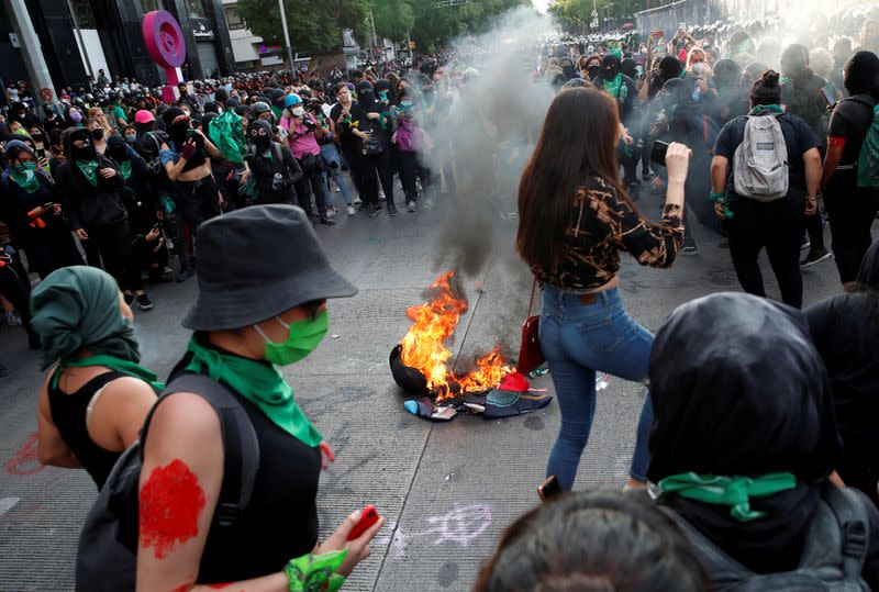FILE PHOTO: Abortion rights campaigners clash with police in Mexico City