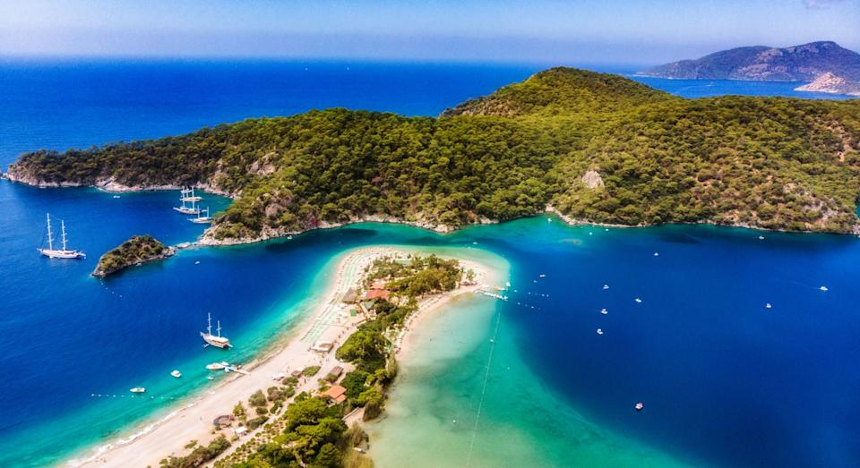 Blue Lagoon in Oludeniz, Mugla, Turkey (Getty)