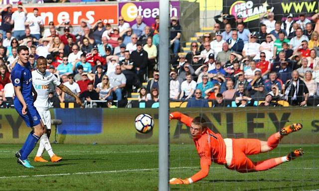 Jordan Ayew's equaliser earns Swansea strugglers a draw with Everton