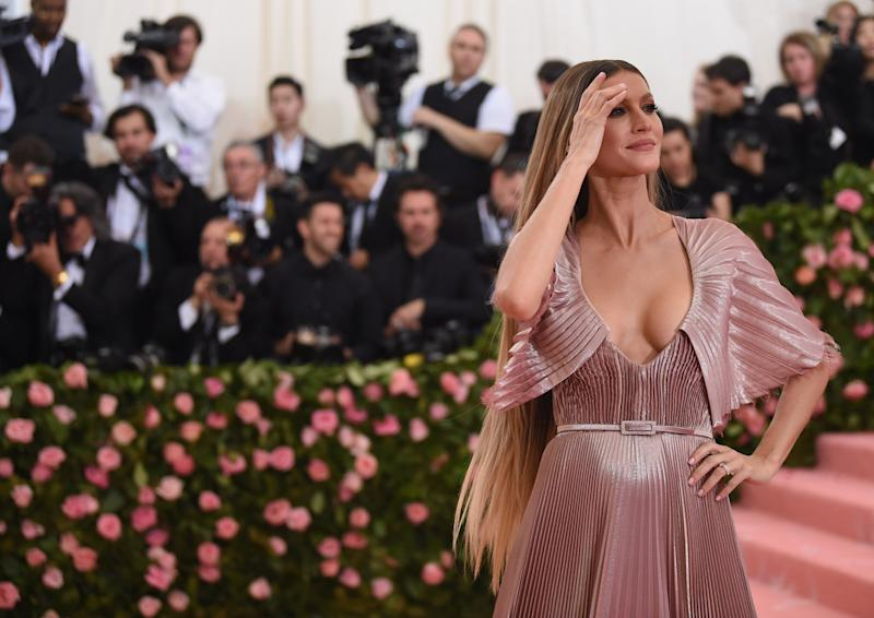 NEW YORK, NEW YORK - MAY 06: Gisele Bundchen attends The 2019 Met Gala Celebrating Camp: Notes on Fashion at Metropolitan Museum of Art on May 06, 2019 in New York City. (Photo by Jamie McCarthy/Getty Images)