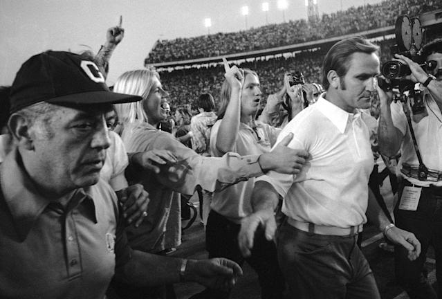 When Browns came just short of ending Miami Dolphins' undefeated 1972 season: Browns Flashback