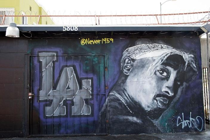 A mural in Los Angeles dedicated to US rapper Tupac Shakur, who was gunned down in 1996 (AFP Photo/Valerie Macon)